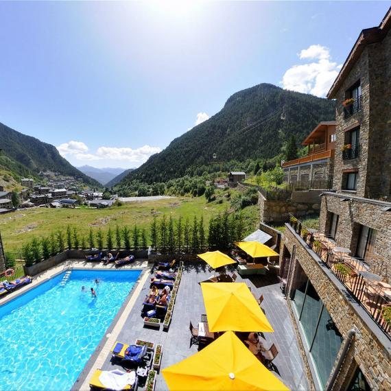 Terrace pool Hotel Spa Princesa Parc
